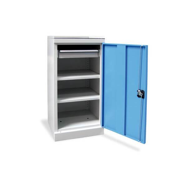 armoire basse atelier en acier avec tapis de protection et. Black Bedroom Furniture Sets. Home Design Ideas