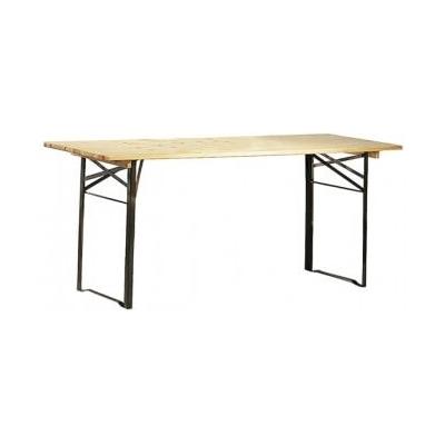 table pliante exterieure en bois verni. Black Bedroom Furniture Sets. Home Design Ideas