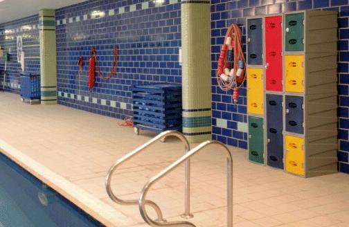 casier plastique pour piscine